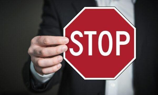 cartel de stop